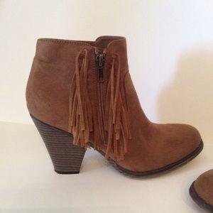 Ankle Boots 8.5 Suede Fringe Cognac Brown MIA
